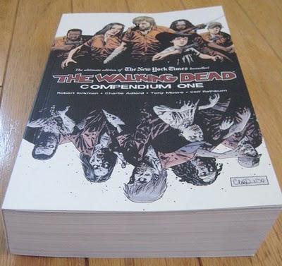 The Walking Dead Comic Compendium: Volume 1 (Book) - £25.99 @ Amazon