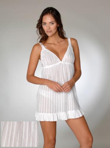 White Cotton Chemise / Short Nightie - £8 @ Ann Summers