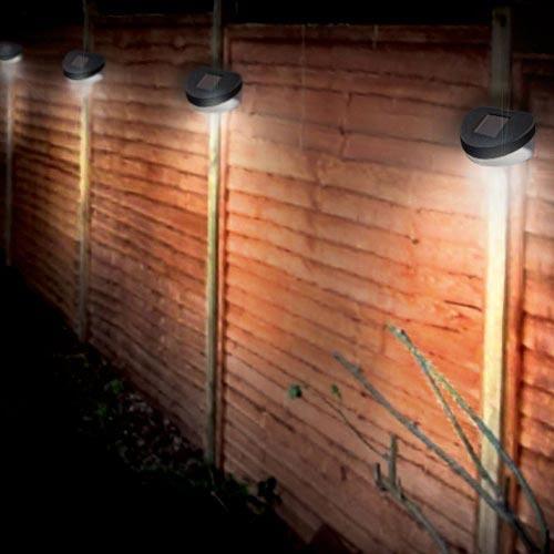 Solar fence light £1 poundland