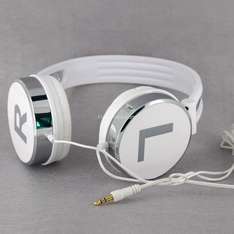 Rather cool KANEN KM870 Wired Headphones (White) - Only £8.07 Delivered @ Focal Price