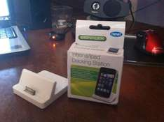 iPhone/iPad Docking Station with Audio out - £1 @ Poundland