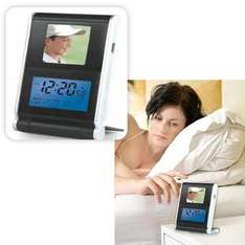 Digital Photo Viewer Clock - £6.95 @ Dealtastic