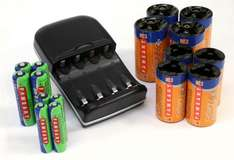 Camlink Delta 3 Ni-Mh Charger / AA and AAA Batteries PLUS C & D Cell Adapters (16 piece kit) - £5.99 @ 7dayshop