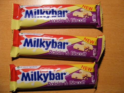 Milkybar Raisin & Biscuit bars 19p Home Bargains