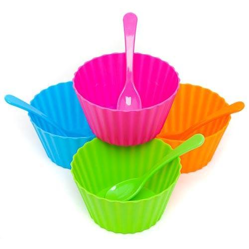 4 Ice Cream Bowls and spoons £1 @ poundland