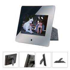 "10"" Mirrored Digital Photo Frame RRP £79.99 Now £26.60 Delivered @ Dealtastic"