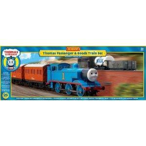Hornby R9271 00 Gauge Thomas & Friends Passenger Train Set save 54 % @ Amazon, now £64.61 del