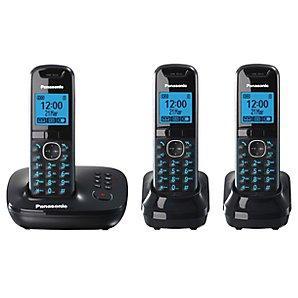 Panasonic KX-TG5523EB Triple handset DECT phone with answermachine £49.95 in John Lewis