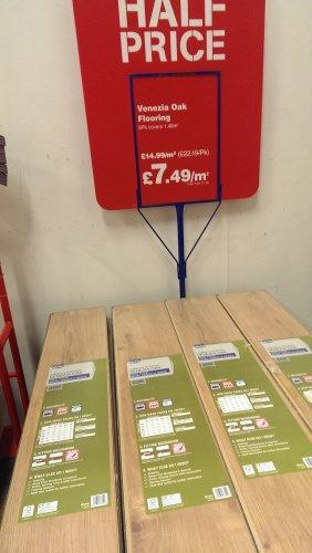 Venezia Oak Laminate Flooring 12mm Thickness Wickes For 749m2