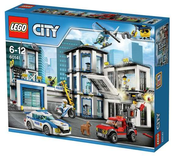 LEGO CITY Police Station 60141 less than half price £30 at Tesco ...