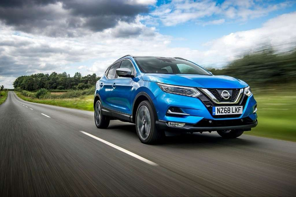 125-nissan-qashqai-hatchback-save-29-1-3-dig-t-n-connecta-5dr-glass-roof-pack-pre-reg-17-572-new-car-discount-com