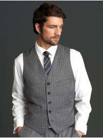 Save up to 25% on Men's & Women's Suits @ Banana Republic