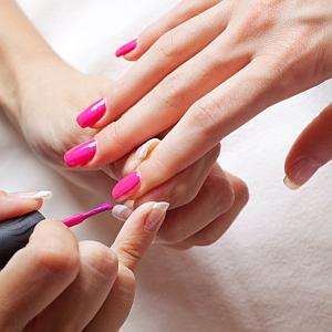 FREE manicure when you purchase Tampax & Always