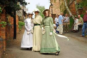 One Ticket to Blists Hill Victorian Town - telford/ironbridge  £5 @ LivingSocial