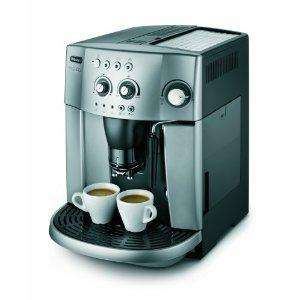 De'Longhi Magnifica ESAM4200 15-Bar Bean To Cup Espresso/Cappuccino Maker, Silver £268.70 was £399.99 @amazon