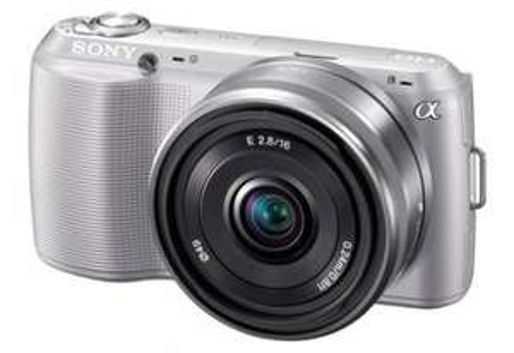 Sony NEX3 16mm lens silver £251 BestBuy + Quidco