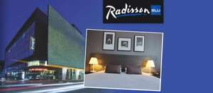 £95 instead of £238 for 2 people to enjoy an overnight stay at the Radisson Blu with 2 glasses of bubbly, free pay movies & full use of gym & pool - a 60% saving.