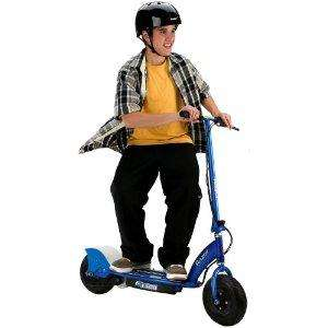 E300 Electric Scooter - Blue - £179.99 @Amazon