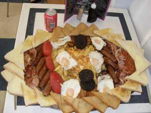 ULTIMATE FULL ENGLISH BREAKFAST - FREE If Eaten Within 60 Mins, Or £15 If You Don't @ JestersDiner (Great Yarmouth)
