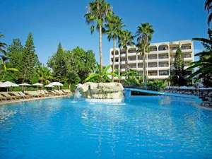 Cyprus 14 nights flight bed and breakfast £289 @ Latedeals.co.uk