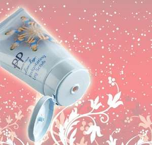 Pretty Polly Exfoliating Leg Scrub 150ml rrp £7.75 now just 99p or £2.84 delivered @ Concord Extra