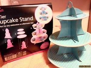3 tier cardboard cupcake stand £1 from poundland