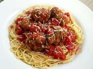 The Co-operative British fresh beef meatballs £1.25 & Dolmio sauce for bolognese 500g 99p @ Co-op