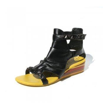 Firetrap Sandal Ruby Black (Size 6 & 7) - was £50 now £24.95 delivered @ Shoetique