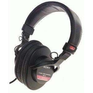 Sony MDR-V6 Headphones - £64.95 @ Amazon via British Bargains