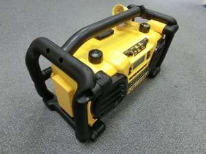 DeWalt DC013 Digital Radio Charger 110 Volt - Tool Shop Direct - £96.14