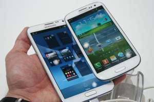 buy a Galaxy S III or Note II and you could receive a free Galaxy Tab 2  worth £199 or a discounted Samsung device*