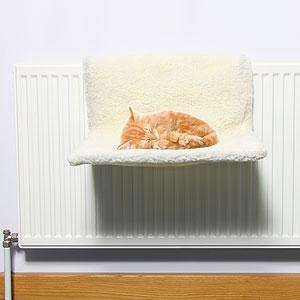 Cat Radiator Bed £4.99 Instore & Online @ Home Bargains
