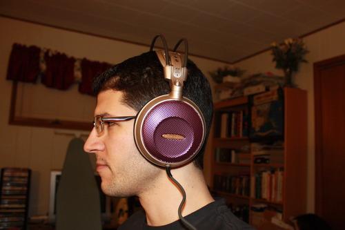 Audio Technica ATH-AD700 Open-air Dynamic Audiophile Headphones £85 @ Amazon.com
