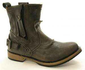 Caterpillar Vinson Boots Chocolate £55 (from £135) @ Amazon