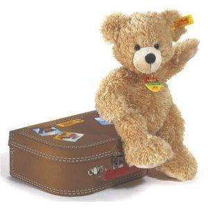 Steiff 28cm Fynn Teddy Bear in Suitcase (Beige) now £22.50 del @ Amazon