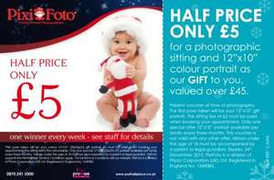 Pixi Foto @ Mothercare doing Christmas photo sitting and free 12x10 color print for £5