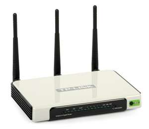 TP-Link TL-WR1043ND Ultimate Wireless N Gigabit Router DD-WRT compatiable and USB storage!! @ Amazon