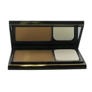 Elizabeth Arden Flawless Finish Dual Perfection powder & foundation in one £8.98 delivered FragranceDirect 17g