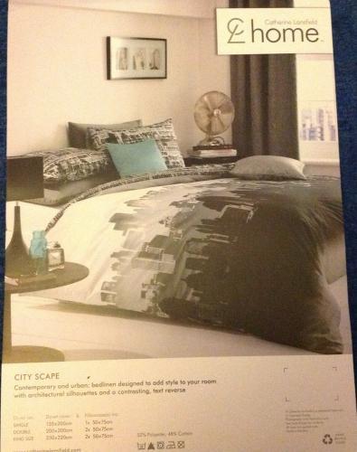 Catherine Lansfield King size duvet cover & 2 pillow cases, £20, Fenwicks