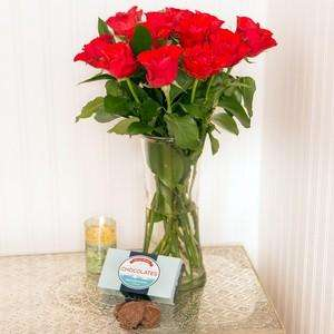 Valentine's 12 Roses + Chocs - £19.90 - Free Delivery - Possible 16% TCB - iFlorist
