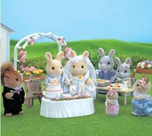 Sylvanian Families Wedding Party @ Toysrus was £12.99 reduced to £6.49