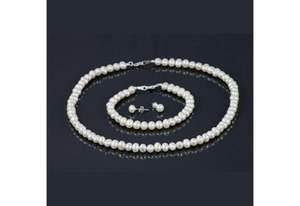 Pearl Jewellery Set @ top Town Deals (RRP £150) Absolute Bargain