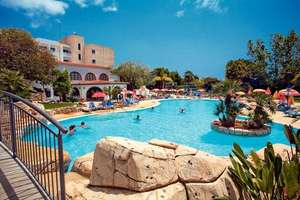 Cyprus - 9 Nights £139pp (14 nights £149pp)  (4shr) including, Hotel, flight, luggage, Transfers @ Airtours