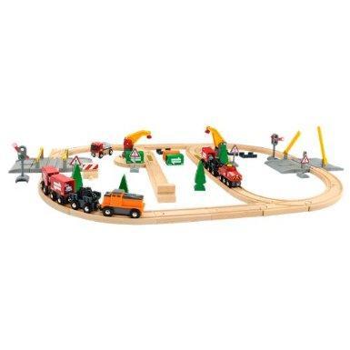 Brio 33165 Lift and Load Railway Set £18.00 @ Amazon rrp £59.99