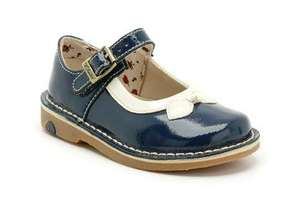 Clarks girls shoes Sale plus 10% off. Was £30 now £13.50.