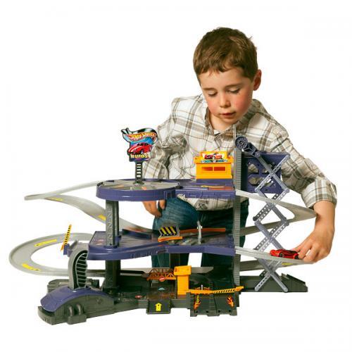 Hotwheels mega garage £19.99 @ smyths toys