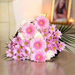Dolly Mixture Flowers Just £13.52 Delivered (Potentially £12.51 with Quidco) @ iflorist