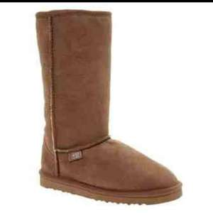 JUST SHEEPSKIN Boots £79.99 nearly half RRP @ TK Maxx