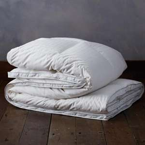 Ultimate Hungarian goose down King duvet 13.5 tog (other sizes and seasons available) - £172 @ Duvet and Pillow Warehouse