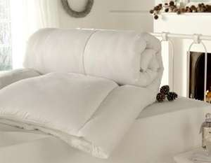 Coloroll Super Warm 15 tog Duvet - King for £15.98 Delivered @ The Bedding Company